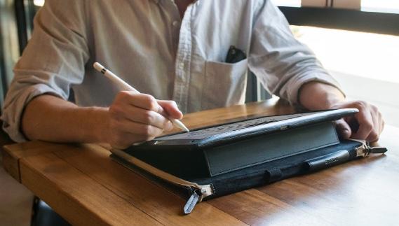 hot sale online 00f4b caa6a Vintage-style BookBook iPad Pro 12.9 Case, Laptop Easel ...
